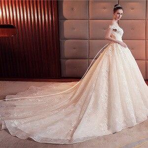 Image 5 - 2020 Hoa Táo Áo Cưới Với Hoàng Gia Tàu Gợi Cảm Cổ Thuyền Áo Cưới Ren Dài Tàu Áo Cưới Đầm Vestido De noiva