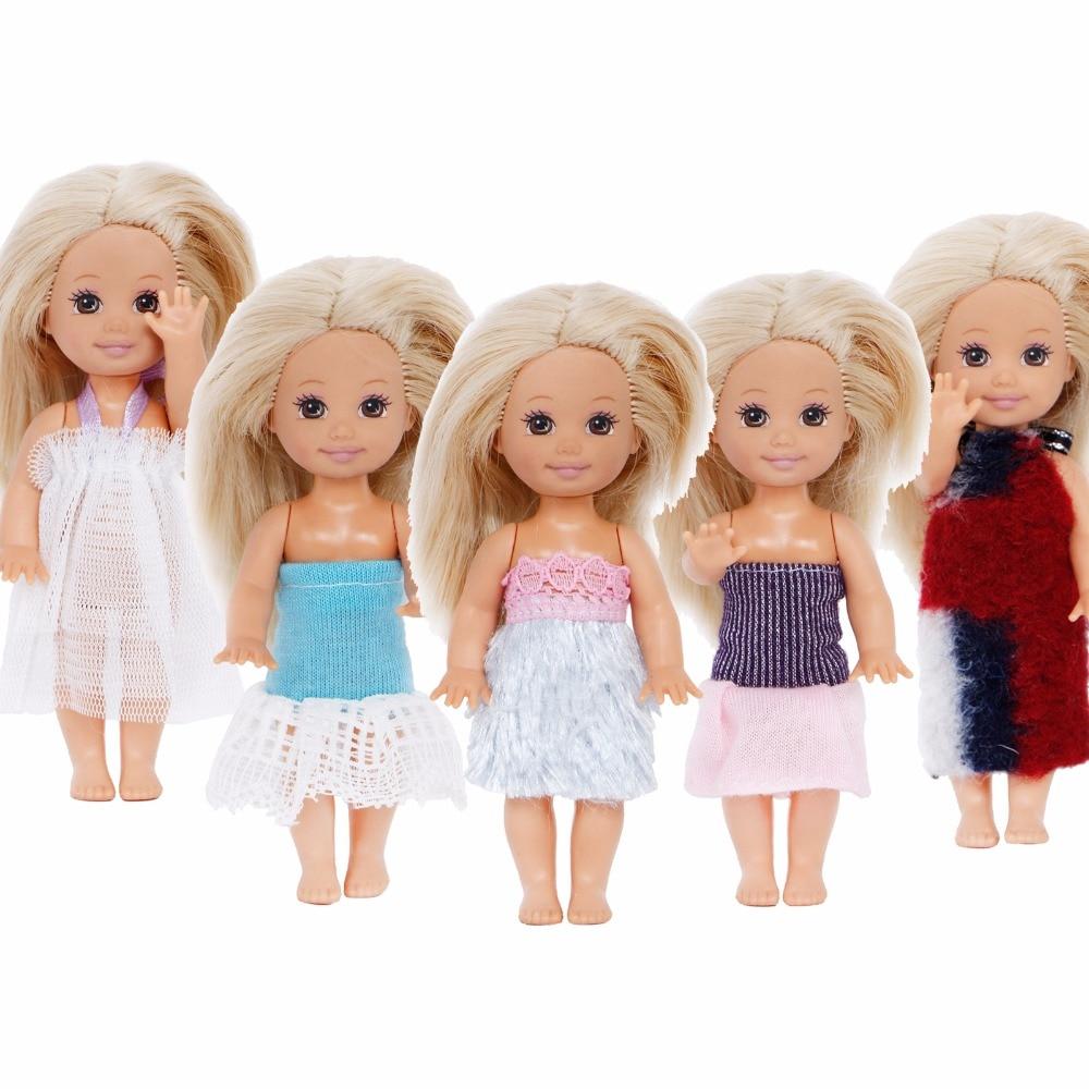 8d09f09fc Al azar 5 Unidades Mini lindo traje blusa Pantalones superior bikini vestido  de ropa para Kelly tamaño del bebé muñeca de regalo de Navidad casa de juego