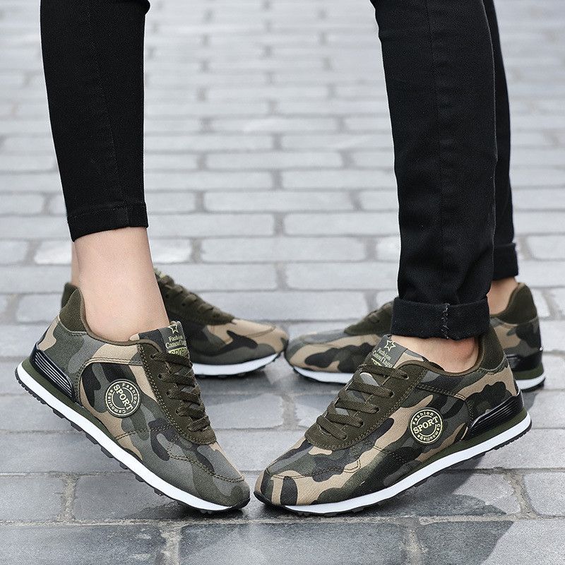 Desert Digital Camouflage Canvas Cross-Trainers 1