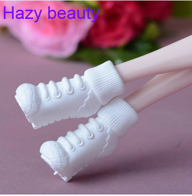 26 different styles for choose Colorful Assorted Casual High heel shoes Boots for Barbie Doll and Kurhn Fashion New BBI00259