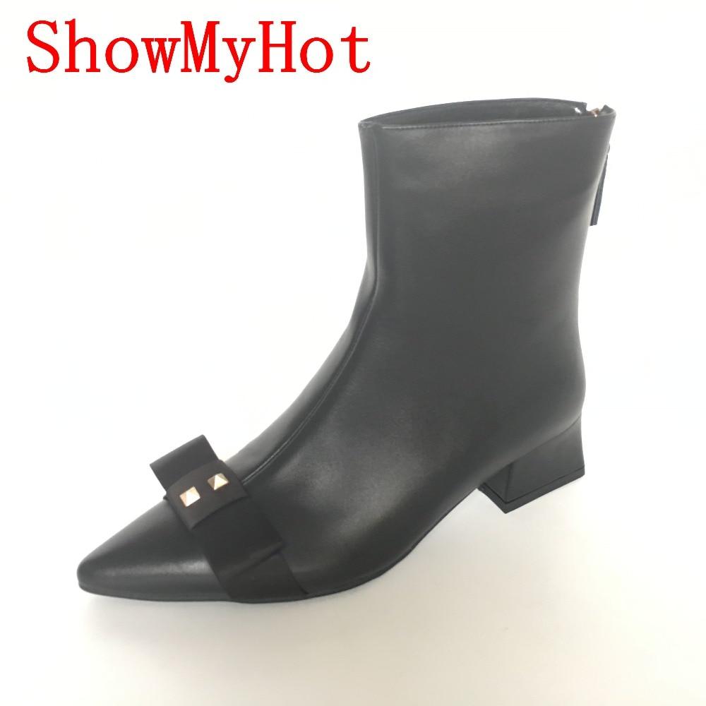 ShowMyHot prawdziwa skóra bydlęca nit Punk buty damskie zimowe średni obcas buty do kostki kobiet stadniny botki kobiet łuk druku buty w Buty do kostki od Buty na  Grupa 1