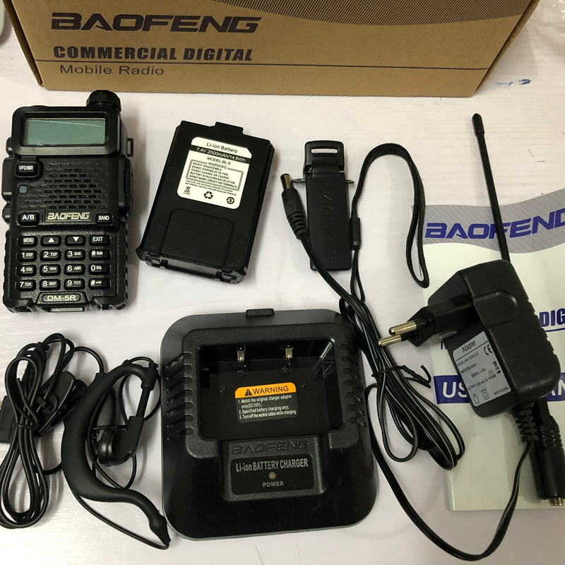 Image 2 - baofeng dm 5r walkie talkie DMR Radio VHF UHF 136 174MHz 400 480MHz TK port 2000mAh battery DMR two wayr adio fro hunting 10 KM-in Walkie Talkie from Cellphones & Telecommunications