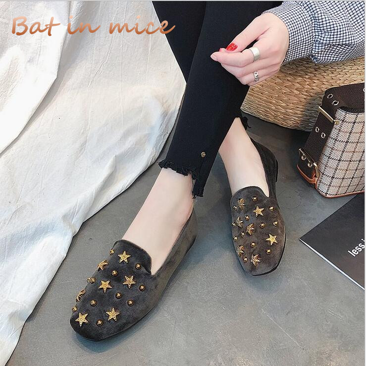2018 New Women Soft Leather Flats Fashion Spring Casual Black Flat Shoes woman Work Shoes Rivet shallow mouth bean shoes C196 aiyuqi 2018 new genuine leather women s shoes shallow mouth soft nurse shoes comfortable work spring shoes women