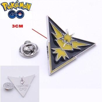 Аниме брошь Pokemon Go Желтая фракция в подарочной коробке