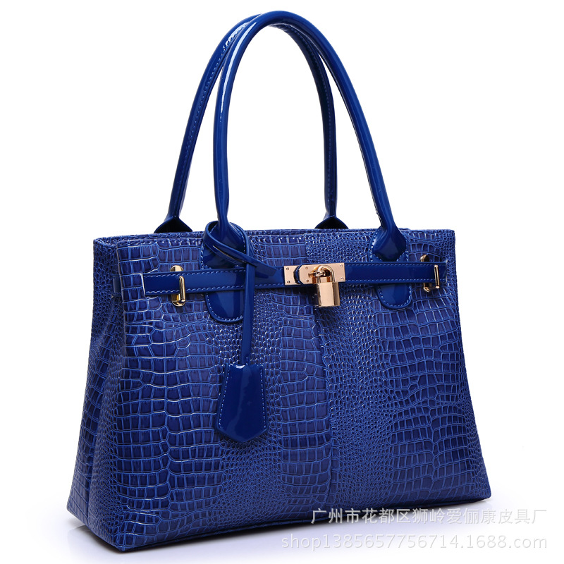 Patent leather crocodile pattern Platinum female bag leather zipper large bag shoulder bag handbag 2016 fashion spring and summer crocodile pattern japanned leather patent leather handbag one shoulder cross body bag for women
