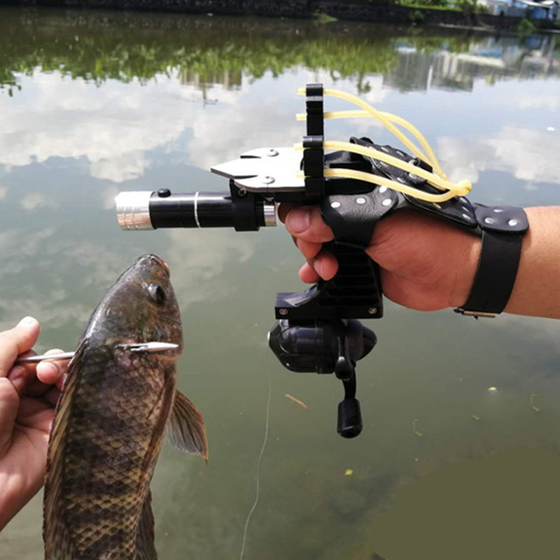 Hunting Fishing Set Slingshot Hunting Catapult Suit Outdoor Shooting Fishing Reel+Dart+Left Handguard+Rubber Tube Flashlight