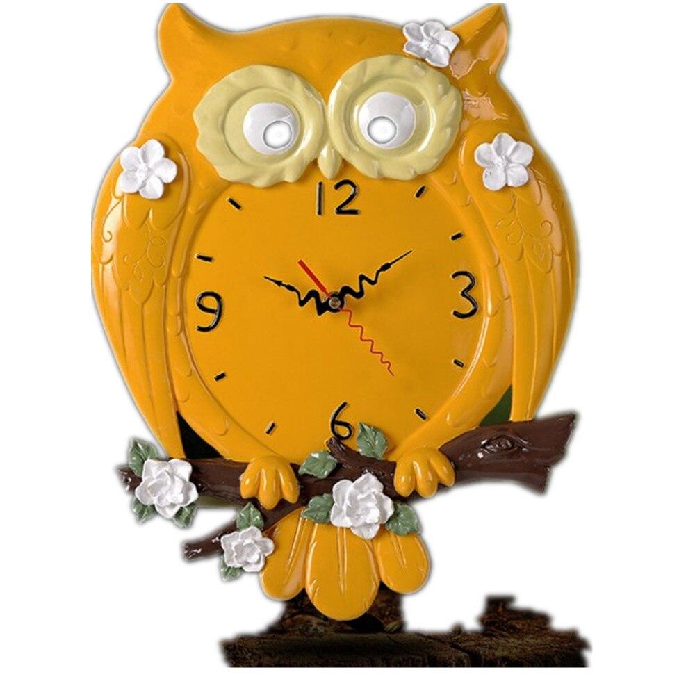 Novelty Cartoon Geometric Home Decoration Owl Shape Resin Wall Clock 12 Inches