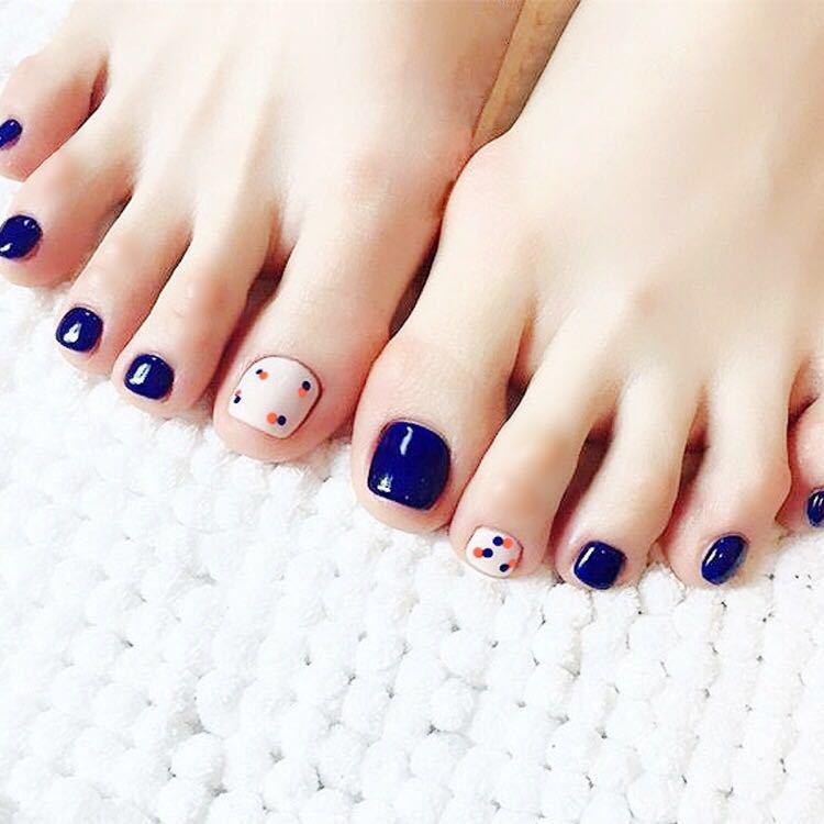 24pcs Short Removable Designs False Toe Nails Girls 3d Acrylic Press On Toe Nails Tips Navy Blue Dots Japanese Fake Toe Nails