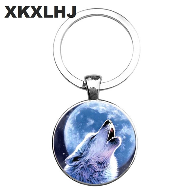 HOT! Trendy Nordic Wiccan Wolf Keychain Kovelty Animal Cool Wolf Key chain Holder Gifts For Men Keyring Jewelry 4