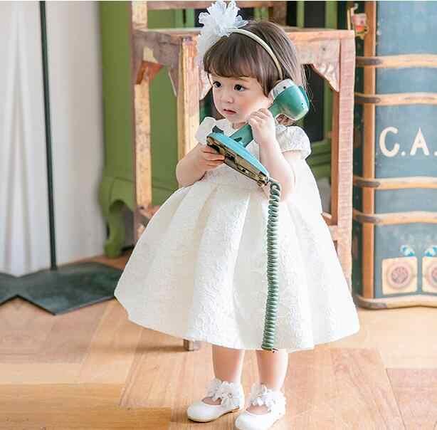 2017 ใหม่เด็กทารกชุดสีขาว Beaded Bow ชุดบอล 1 ปีวันเกิด Dresses Vestido ทารก baptism Christening ชุด