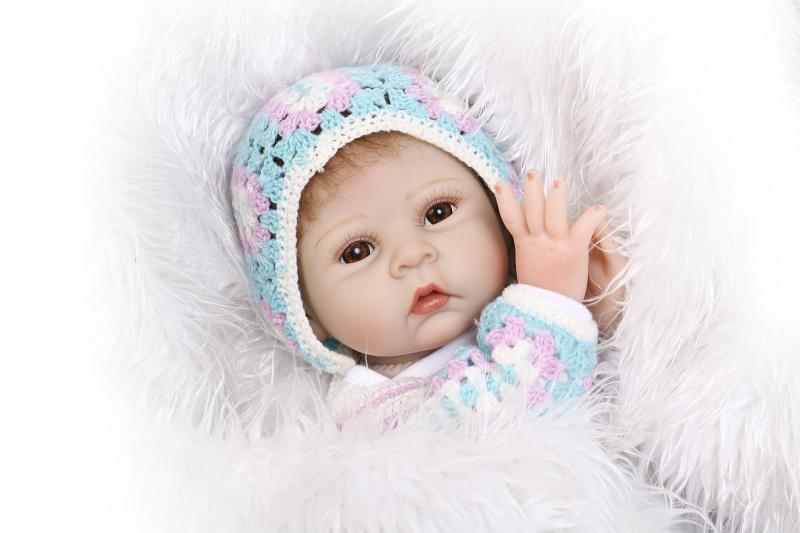 55cm Silicone Reborn Baby Doll Toy For Girls Soft NewBorn girl Babies High-end Birthday Gift Bedtime Play House education Toys starfit мяч гимнастический gb 101 65 см зеленый антивзрыв