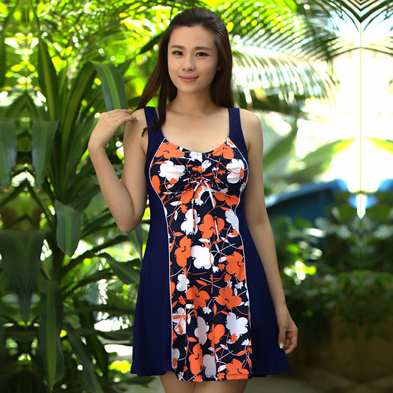 2018 Summer Women Floral New Hot Spring Swim Suit Dress One Piece Skirted Bathing Suits Plus Size Swimwear 4XL-8XL 2017 floral skirt swimming suit plus size swimwear women one piece print bathing suit half sleeve ladies swim suit dress maillot