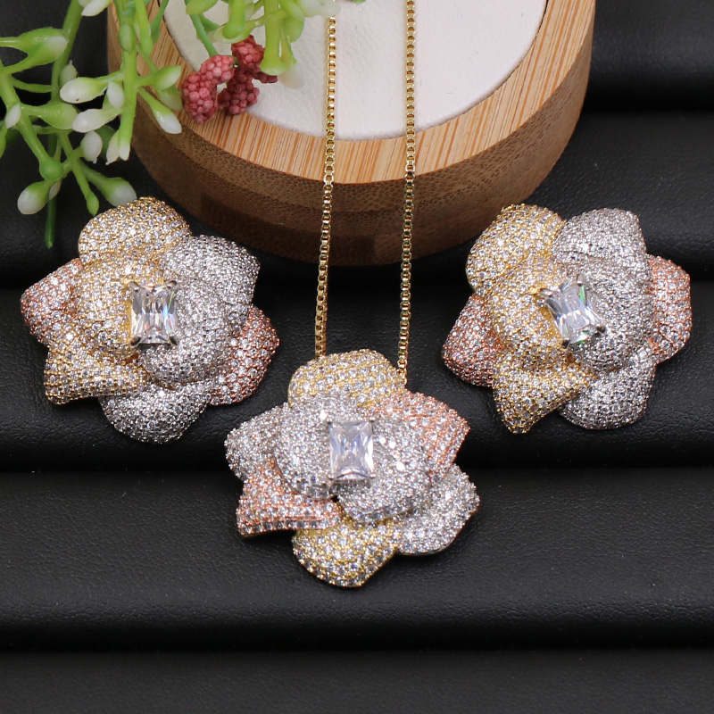 Lanyika Jewelry Set Shining Special Flower Cubic Zircon Full Micro Paved Necklace with Earrings for Anniversary