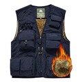 free shipping 2017 new spring autumn men vest Winter outdoor multi-pocket velvet vest leisure photographers vest