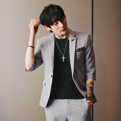 2019 British Style Trend Summer New Solid Color Sleeves Suit Suit Male Korean Version Of The Slim Fashion Hair Stylist Suit