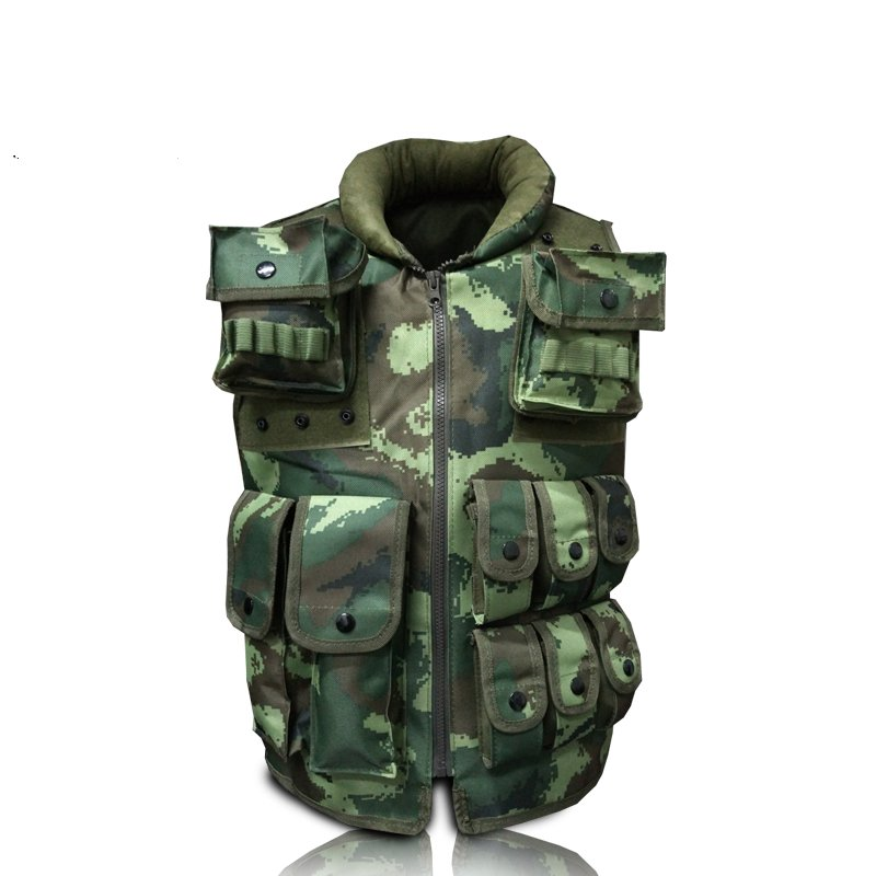 The new camouflage tactical vest outdoor live CS field protection equipment more pocket riding combat vest upgraded version of the cs special tactical vest vest american field equipment thickening tactical vest