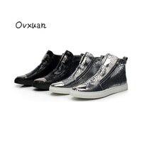Ovxuan الأفعى نمط جلد الرجال عارضة الأحذية مع المعادن قطعة تو الأزياء حزب و مأدبة الرجال المتسكعون الجانب البريدي الرجال والاحذية