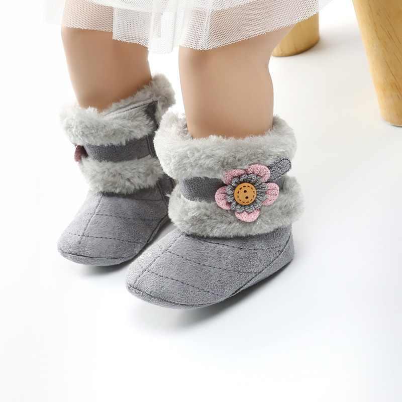 Весенне-зимние детские ботинки мягкие плюшевые ботиночки с шариками для маленьких девочек Нескользящие зимние ботинки сохраняющие тепло милые пинетки 2018