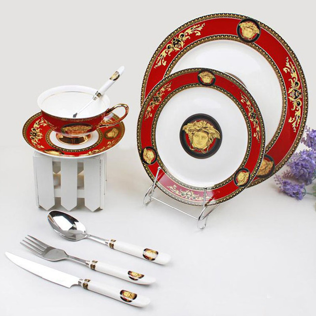 Luxurious Design Bone China Porcelain Dinner Set Ceramic Dinnerware With Cups Forks Knives