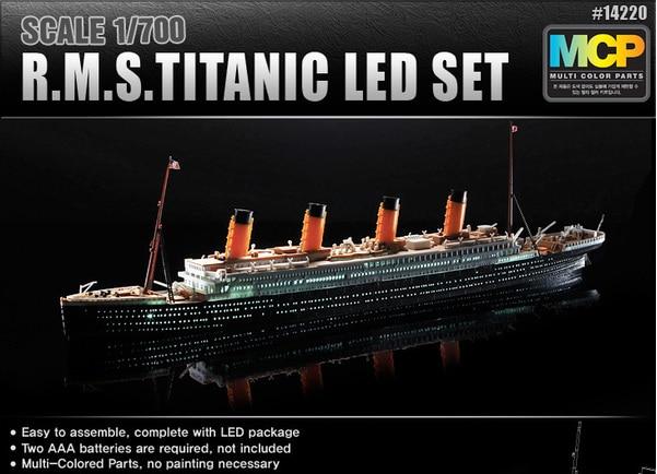 "Handmade Wooden Ship Model Scale 1:300 SS Europa Ocean Liner Ship Model 37/"""