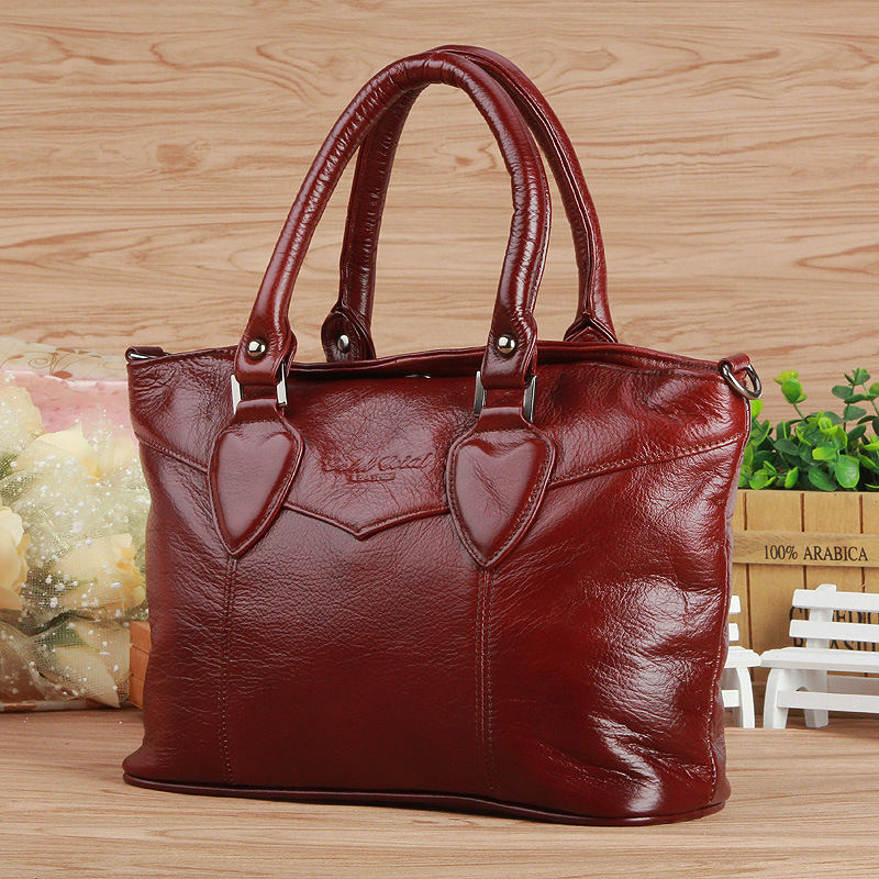 Women Genuine Leather Handbags Fashion Cow Leather Messenger Shoulder Bags Bolsas Feminina High Quality Tote Bag chispaulo women genuine leather handbags cowhide patent famous brands designer handbags high quality tote bag bolsa tassel c165