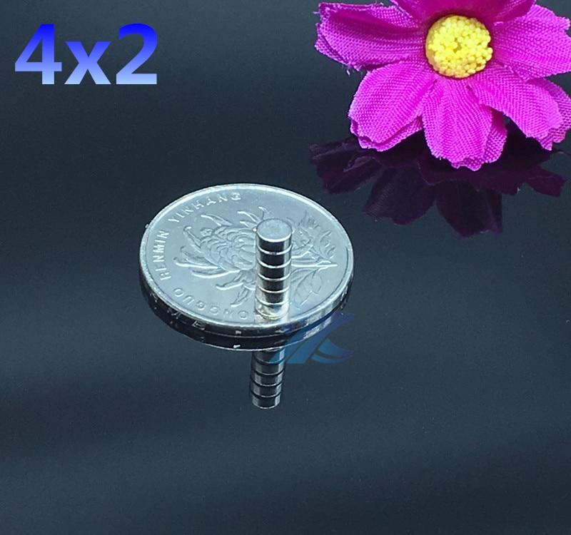 200pcs Free shipping 4x2 N35 4mm*2mm meodymium Magnet Mini Disc Dia 4mmx2mm  Strong Round wholesale 4*2