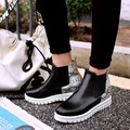 Estilo de la calle de la vendimia tobillo de las mujeres de invierno botas de felpa corta walking trabajo corto Chelsea slip on botas aumento de la altura