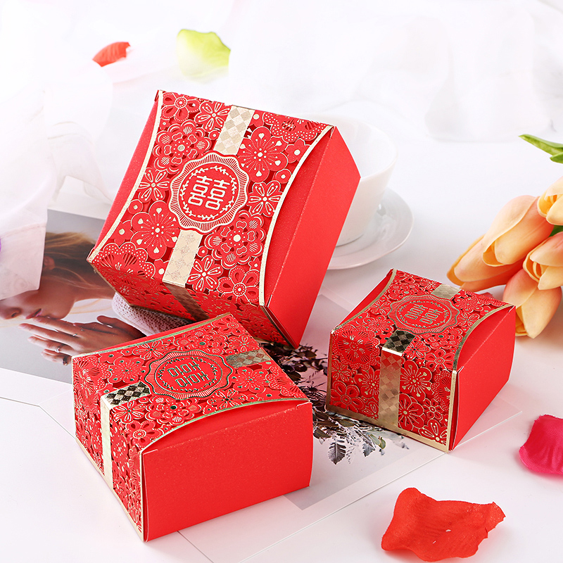 10pcs Free shipping Wedding cake boxes Candy carton box Hollow gift bags Party supplies packaging Holiday Box
