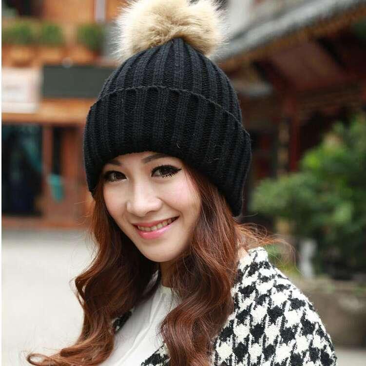 #0713 Women Fashion Winter knitting beanies Thick Warm Skullies Tocas inverno Fur hat Touca inverno feminino Bones masculino