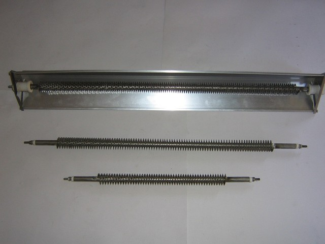 Stainless steel radiator heating elements with fittings