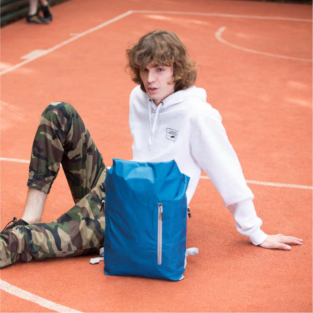 Ninetygo 90FUN 軽量バックパック折りたたみバッグスポーツ旅行防水カジュアルデイパックのため女性男性 20L ブルー/黒