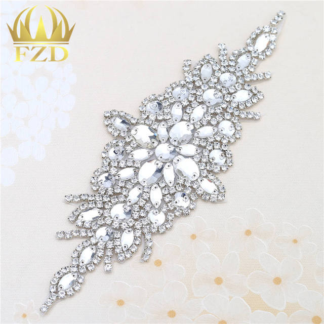 (30pieces) Wholesale Hotfix Crystal Stones and Crystals Rhinestone Sequin  Applique for Garment Dresses Wedding 2128a6adf8e0