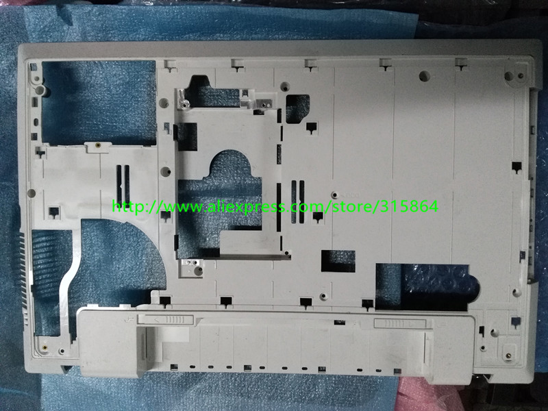 New laptop bottom case base cover for Samsung NP300V5A 305V5A 300V5A  BA75-03228A