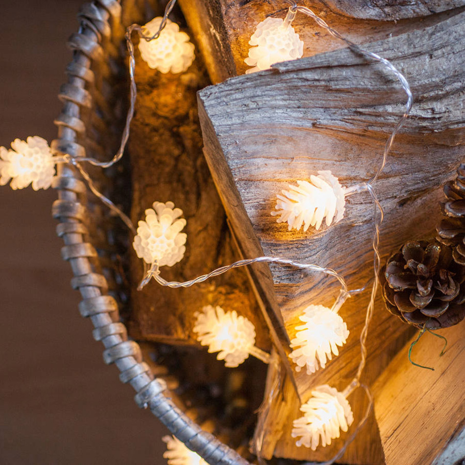 3 Meter 20 Pinecone Led String Light, Christmas Garland Light AA Battery Operated, Bedroom Decoration Or Chrismas Tree Light
