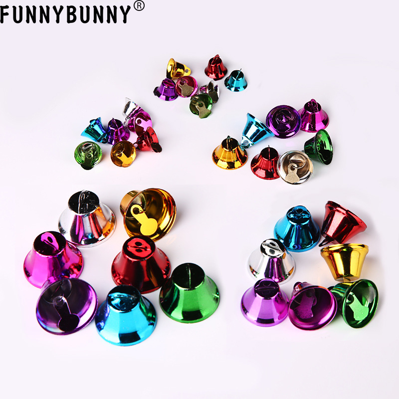 FUNNYBUNNY 5pcs Mixed Color Christmas Jingle Bells Charms Pendants