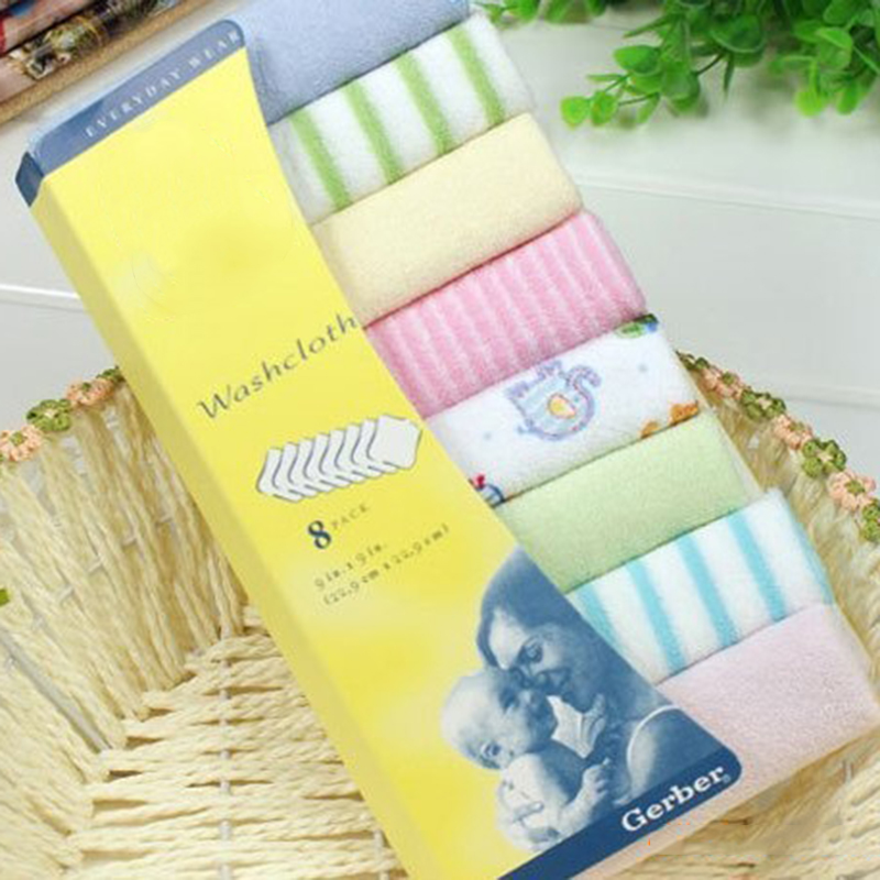 2017 New Easy washable and Dryable 8pcs Baby small square towels Baby feeding napkins Newborn child handkerchief Face Washing