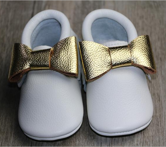 9a6e2164020 Gold Double Bow Genuine Leather Baby Moccasins Shoes For Girls Soft Soled  Cow Leather Moccs Newborn Toddler Infant White Shoes