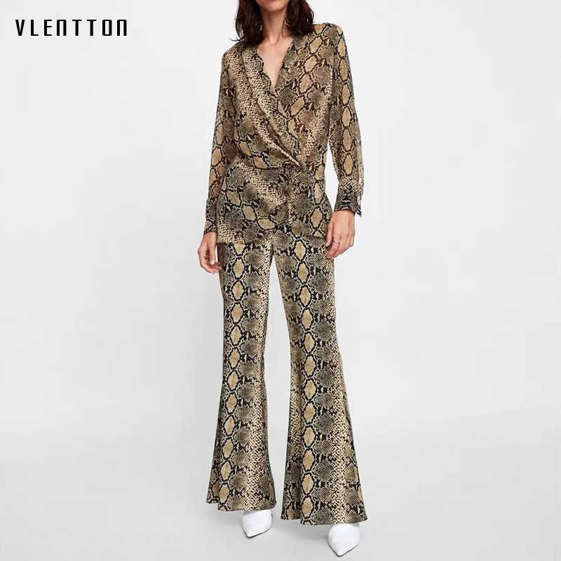 2019 New Vintage 3 Piece Set Women Long Sleeve Blouses Tops and Flare Pants Women Set Spring autumn Snake Print Women's Suit