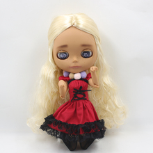 Neo Blythe Doll Red Maid Dress With Black Stocking
