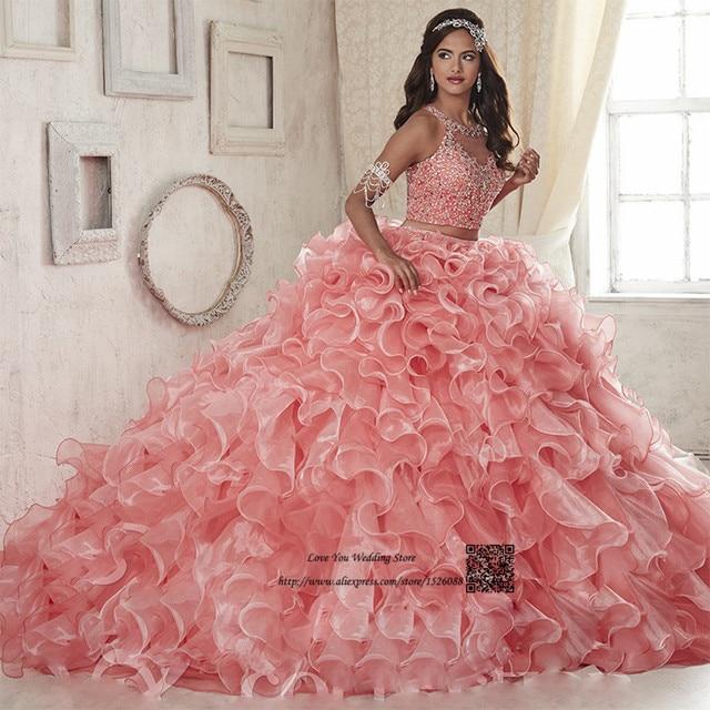 6fedf92ff Coral dos piezas Quinceañera vestidos 2017 en línea Vestido Debutante 15  anos mascarada vestidos de baile