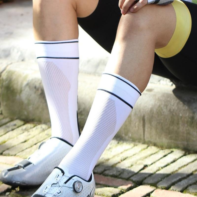 Mountainpeak Professional Sports Socks Cycling Socks In Stockings for Men and Women Marathon Running Cycling Basketball Socks hockey sock
