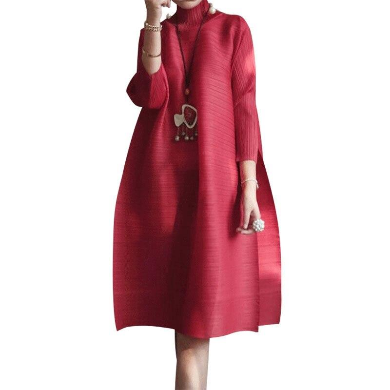 SHENGPALAE 2019 printemps nouvelle mode rouge à manches longues col roulé lâche grande taille pli genou-longueur une ligne robe Vintage femmes EB015 - 3