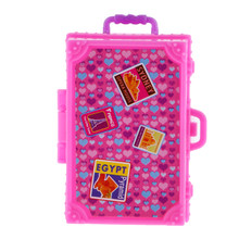 New Dollhouse Cute Pink Plastic Suitcase Luggage Box for Barbie Doll Travel Accessories 4.5 x 2.6 x 7cm Classic Toy Dolls Gift(China)