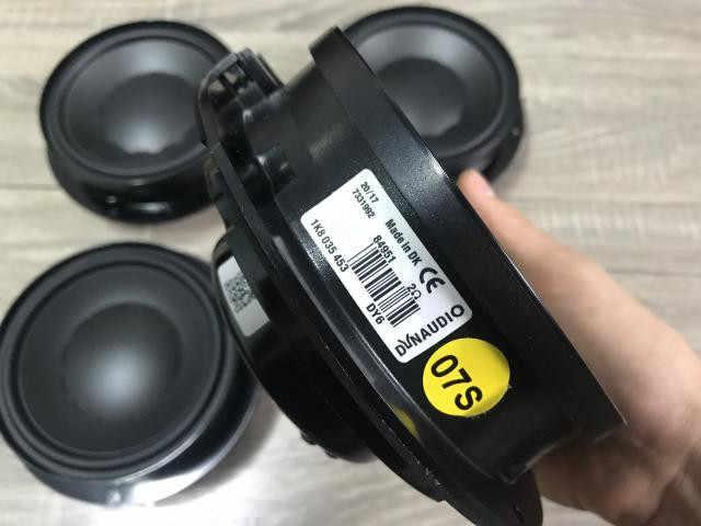 ゴルフ7シロッコdynaudio低音スピーカーlautsprecher soundsystem 1K8 035 453
