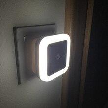 ضوء استشعار التحكم جدار صغير ليلة ضوء الاتحاد الأوروبي الولايات المتحدة التوصيل التلقائي الاستشعار غرفة نوم الحمام مربع مصباح الليل أضواء ملونة لمبات