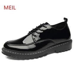 Sapatos casuais de couro masculino sapatos de couro de oxford de couro de couro grosso preto brilhante novo estilo britânico negócios formal sapatos