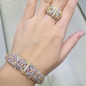 Image 2 - Modemangel Delicate Shiny Bloemen Aaa Zirconia Koperen Saudi Dubai Jewerly Sets Voor Wome Dracelets Bungelt Ring Bruiloft