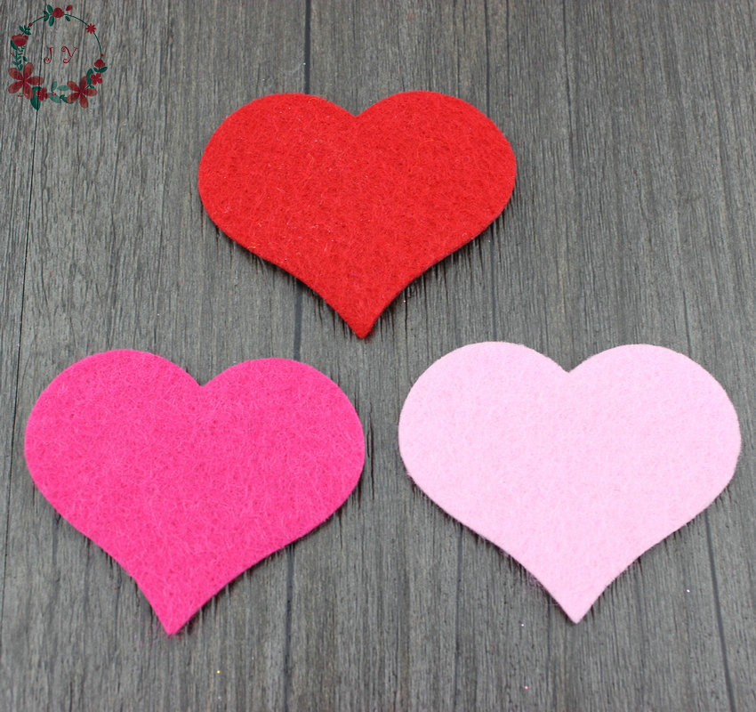 100pcs/lot 6*5cm Fabric Felt Red Heart Shape Applique Petal Garment Patches Wedding Table Birday Valentines Day Wall Decorates