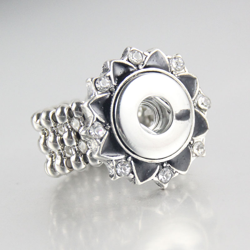 high quality 1pcs Adjustable Rings Metal Vintage Flower Rhinestone Button Charm Diy Snap Ring Fit 12mm Snap Buttons Jewelry