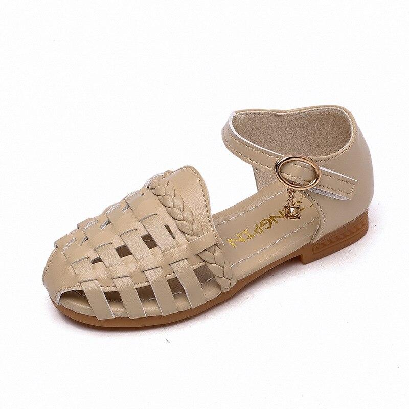 2018 Girls Sandals Princess Cut-Outs Weave Beach Sandals Children Shoes Hook & Loop Soft Bottom Shoes for Princess